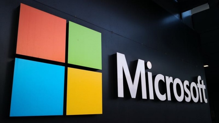 Microsoft lucros Surface Azure Office