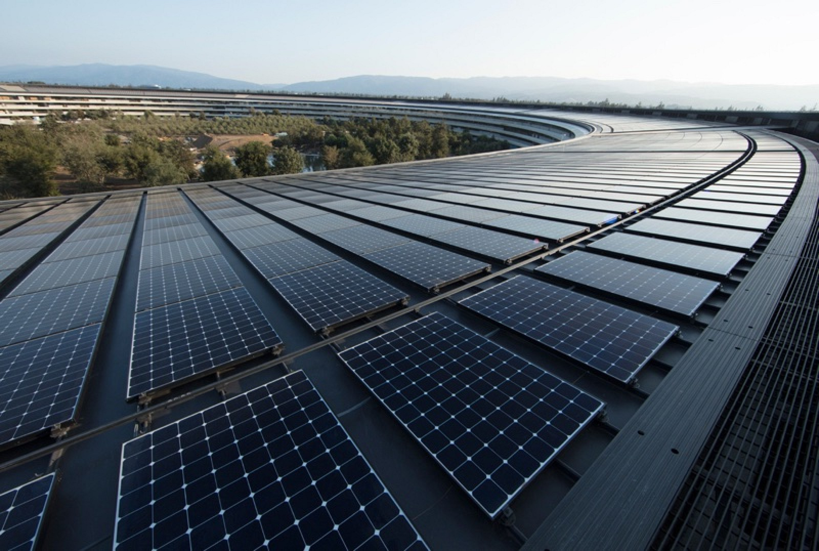 Instalações da Apple funcionam 100% a energias renováveis