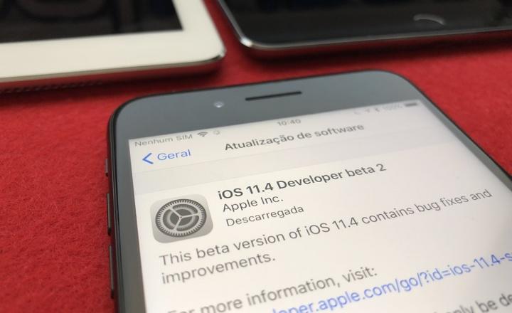 Ecrã de instalação do iOS 11.4 beta 2 no iPhone 8 Plus