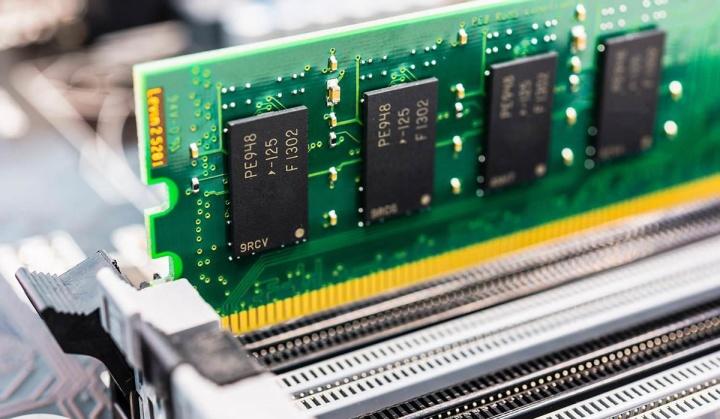 Imagem ilustrativa de memória para substituir a RAM e a ROM.