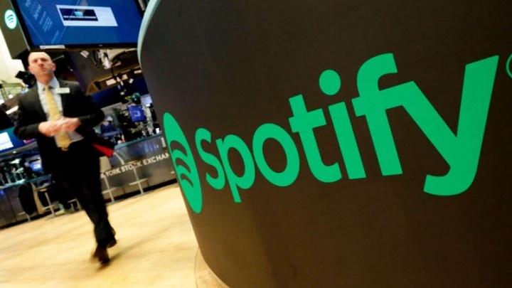 Spotify gratuito publicidade música