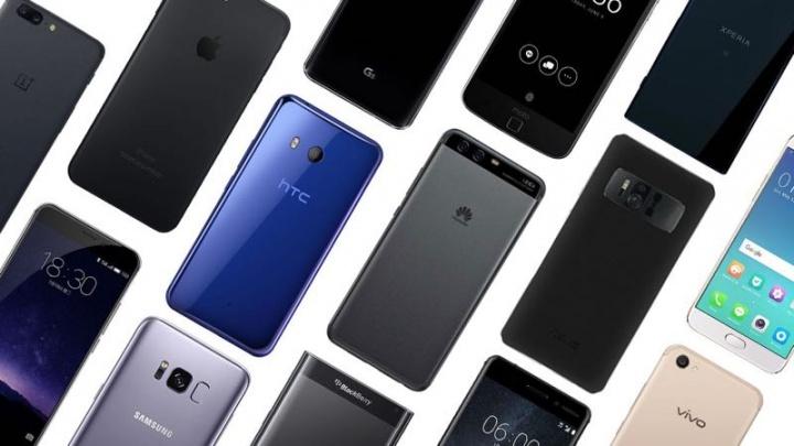 Antutu, smartphones, abril