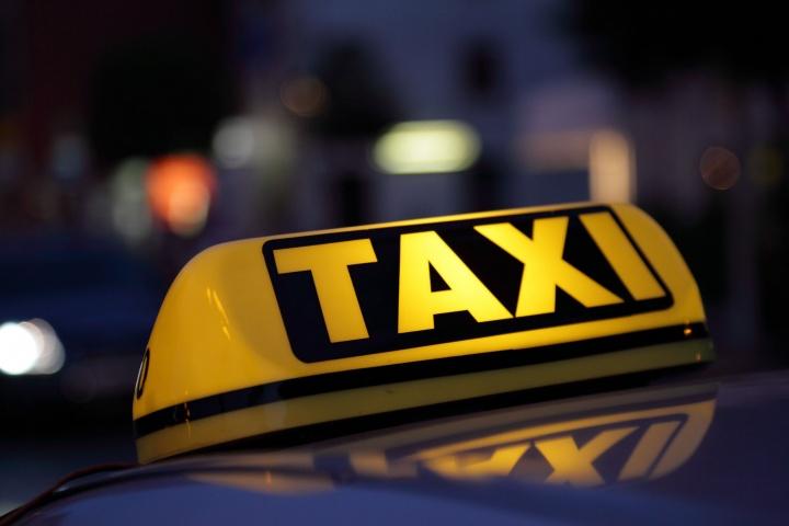 Táxis elétricos: Governo apenas recebeu 26 candidaturas para apoio