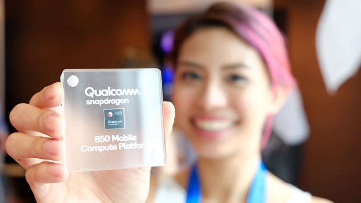 Qualcomm Snapdragon 850 Windows 10 Microsoft