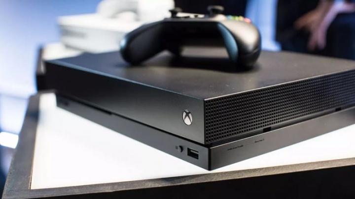 Xbox One Alexa Google Assistant