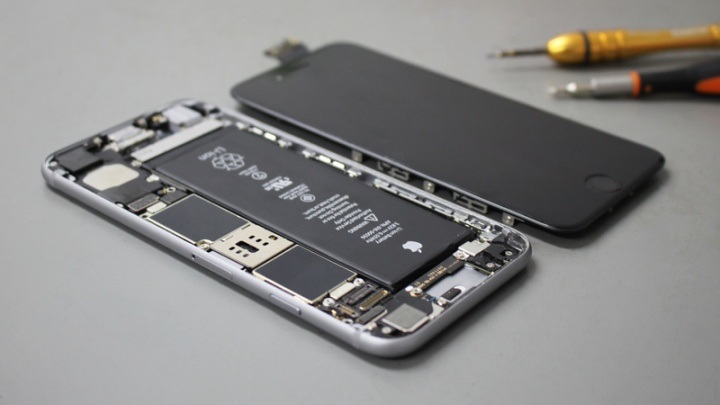 Chip de carga do iPhone danificado