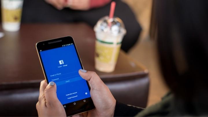 Facebook apps ouvir microfone