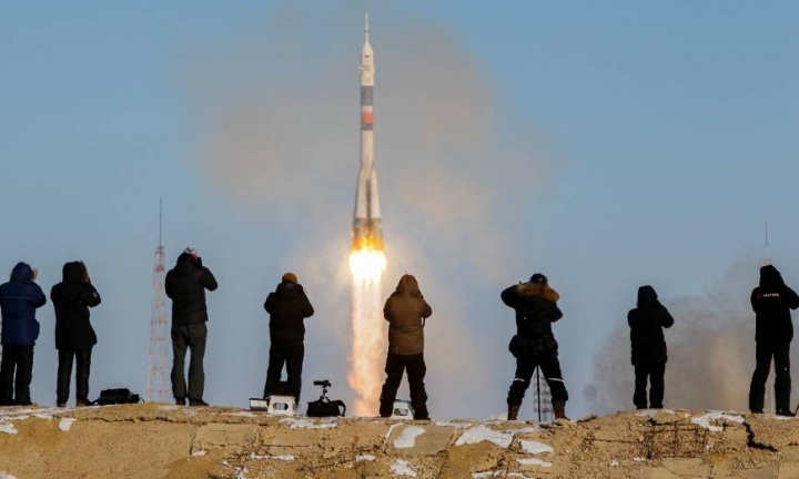 SpaceX Boeing NASA Soyuz