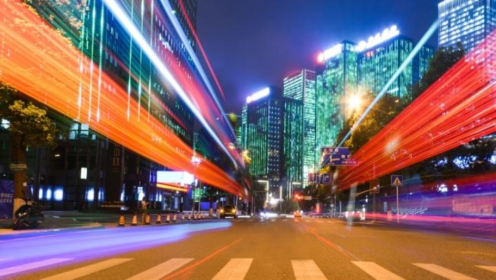 Imagem: Freepik - As Cidades do Futuro e os riscos elétricos associados