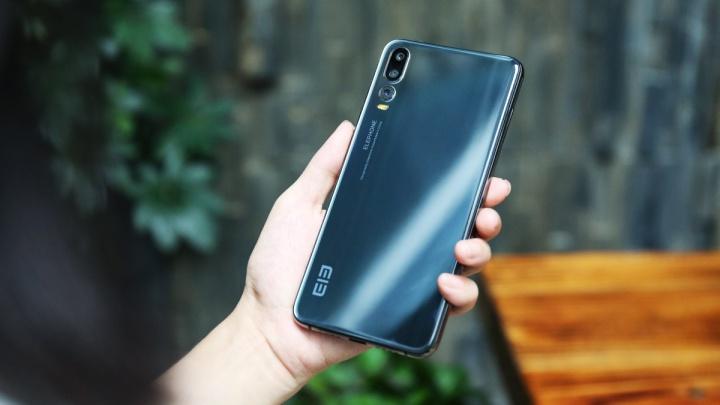 Elephone prepara-se também para lançar smartphones com 5 câmaras!