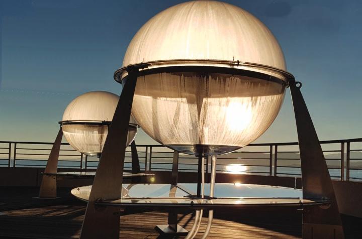 Imagem do HELIO, um sistema para transformar água salgada em água potável