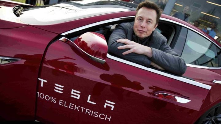 Tesla Elon Musk Arábia Saudita Google Apple
