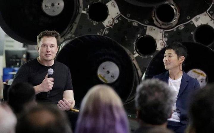 Elon Musk lua viagem bfr spaceX Yusaku Maezawa