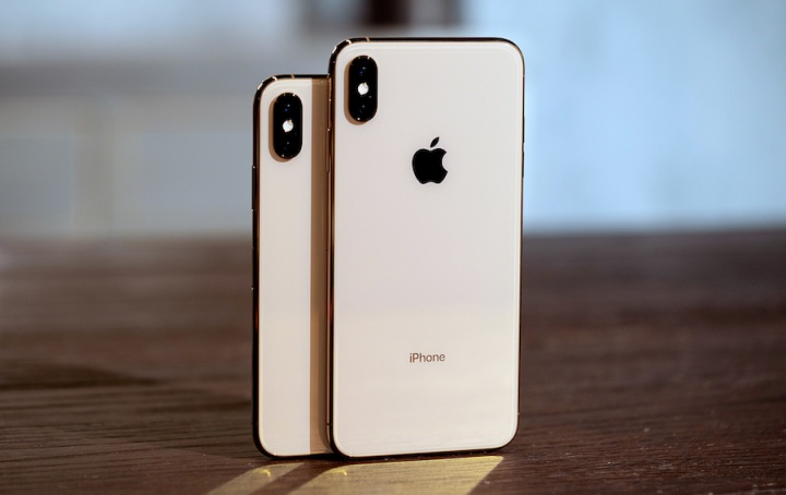 vender iPhone xs xs max projeçoes analista