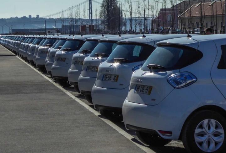 A culpa é da COVID-19! Venda de carros novos com quebra de 52,3% (em maio)