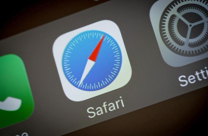 Google Apple Paga Safari browser iOS