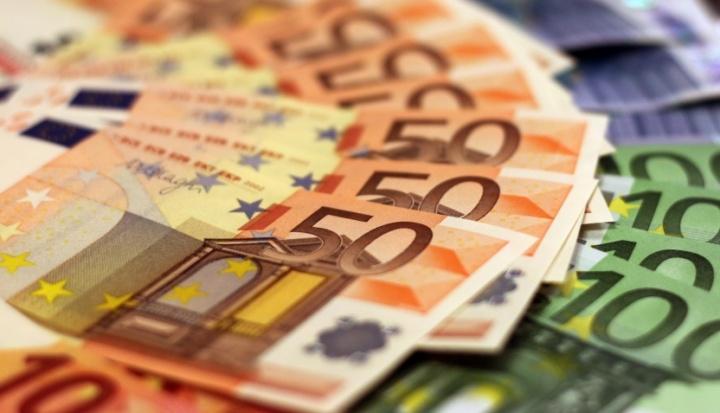 É até hoje! Se tem até 50 mil euros no banco o fisco vai saber