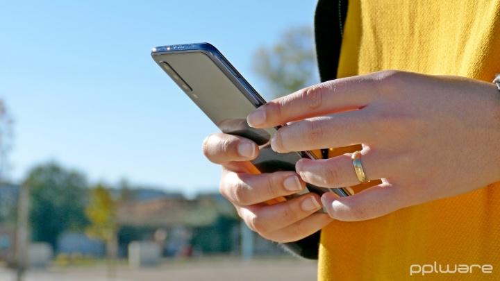 Samsung Galaxy A7  smartphones Android