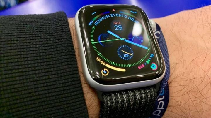 b3a58c39b76 Apple Watch 4 ECG watchOS