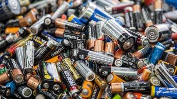 baterias estado sólido iões de lítio startup produção