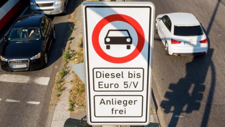 Alemanha tem luz verde para proibir carros a diesel em auto-estradas