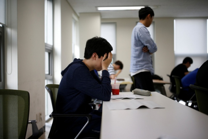 Licenciaturas: 2.370 vagas para alunos de vias profissionalizantes e ensino artístico