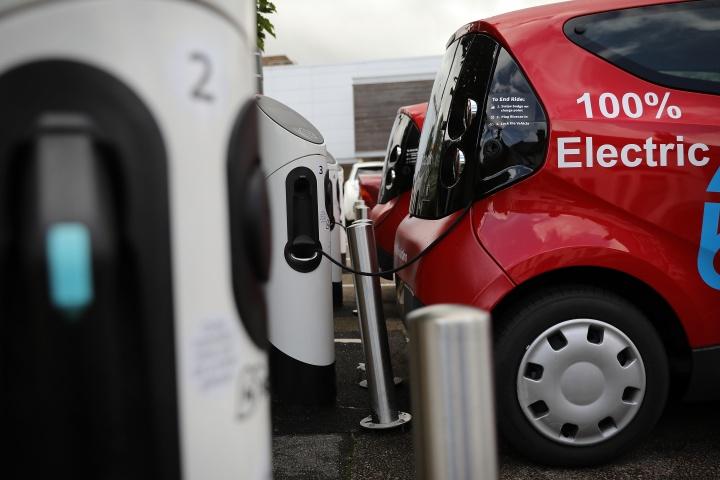 Waze já diz preço dos carregamentos elétricos