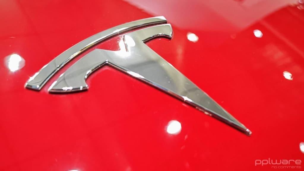 Tesla Apple comprar Elon Musk bolsa