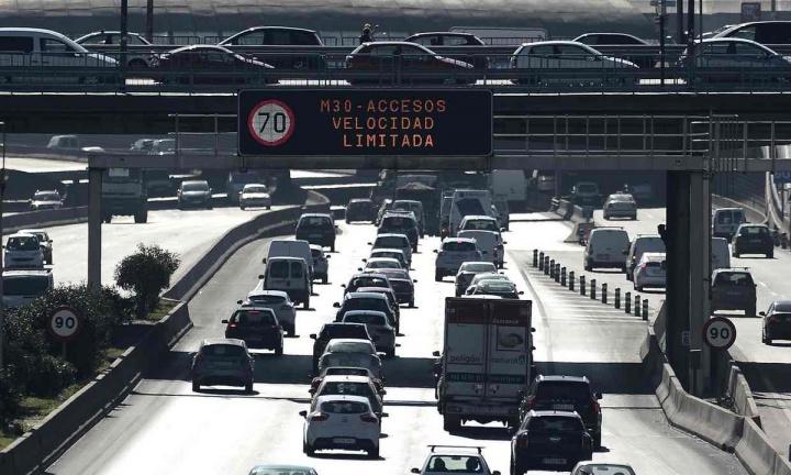 Espanha quer banir carros a gasolina, gasóleo e híbridos a partir de 2040