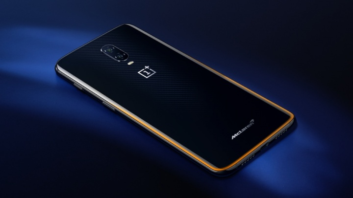 iPhone XS Android 10GB OnePlus 6T McLaren Edition