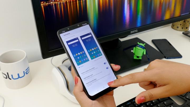 Imagem smartphone POCO F1 da Xiaomi