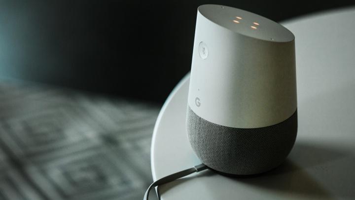 Google Assistant Siri Alexa Cortana coluna inteligente