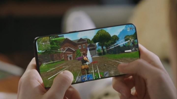 OnePlus 6T publicidade ecrã batota