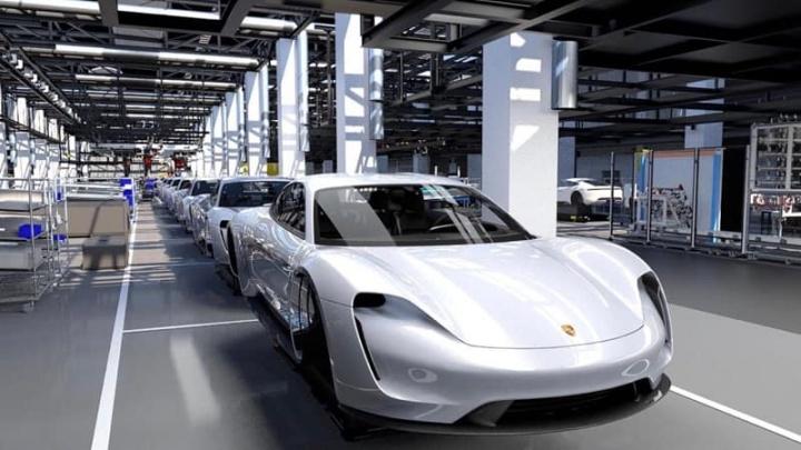 Porsche Taycan Tesla elétrico clientes