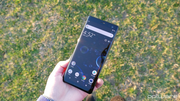 Análise: Sony Xperia XZ3 - Ainda vale a pena?
