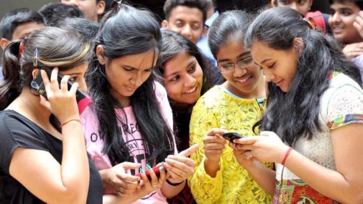 WhatsApp limite utilizadores encaminhamento mensagens