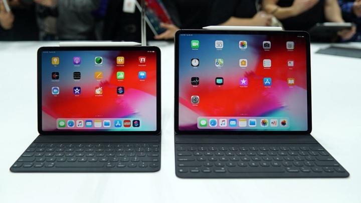 Apple iPad Pro dobrados problemas fabrico