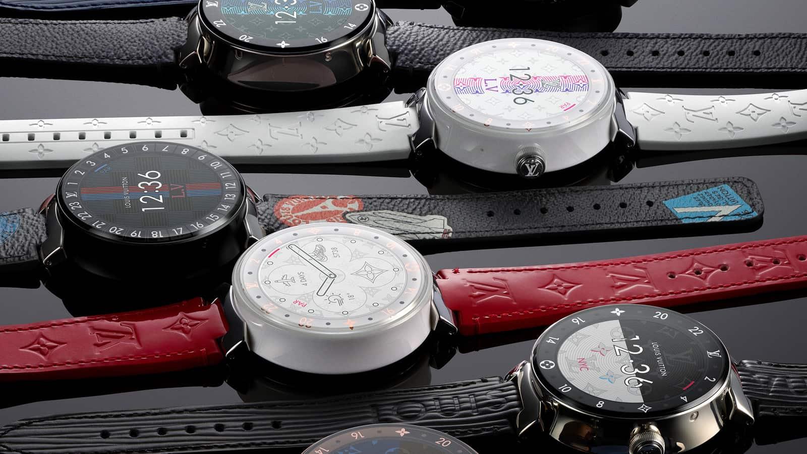 2b7e35c417e ... Louis Vuitton. Cada um destes relógios está disponível numa caixa de 42  mm