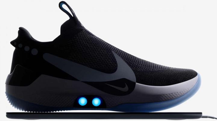 Imagem Sapatilhas ou ténis Nike que pode apertar com o smartphone