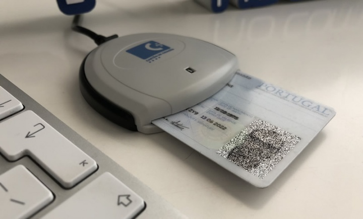 Como assinar um documento com o seu Cartão de Cidadão