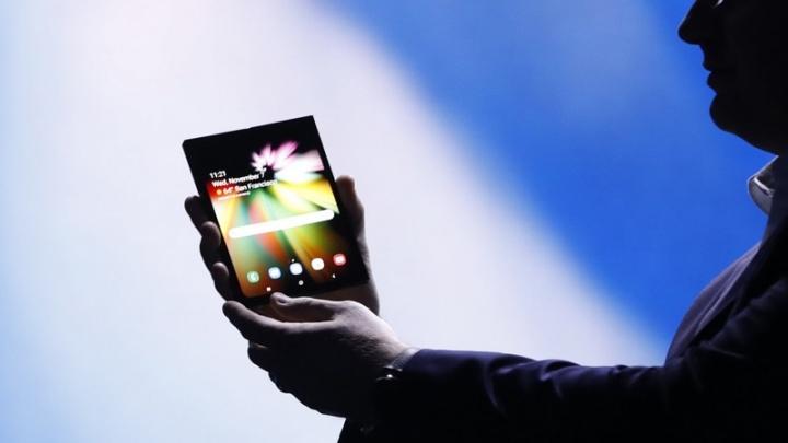 Samsung, smartphone, dobrável, smartphone dobrável, smartphones