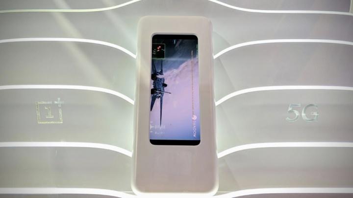 OnePlus 5 5G telemóvel Android carregamento