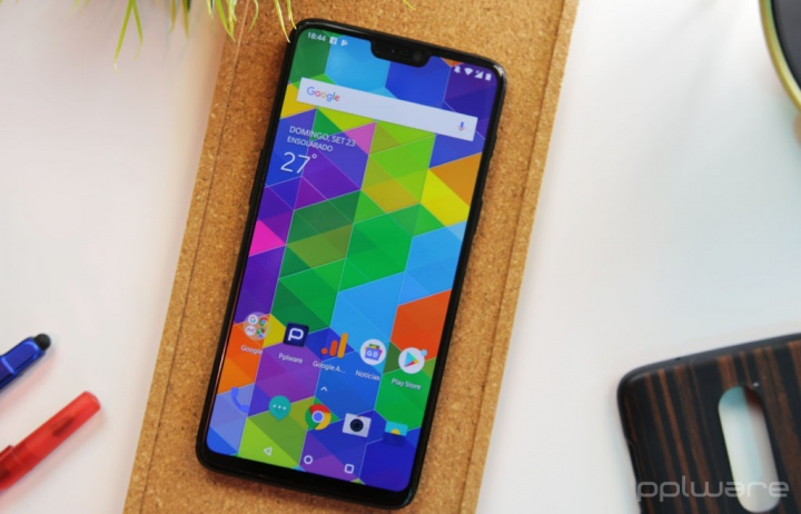 Android Slices Google Duo OxygenOS Apple iPhone Face ID notch smartphones Android