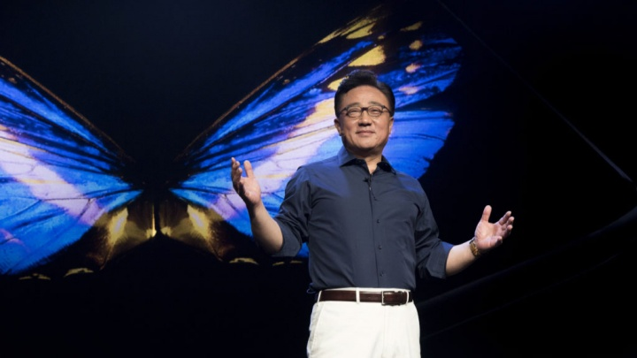 Samsung Galaxy S10 DJ Koh
