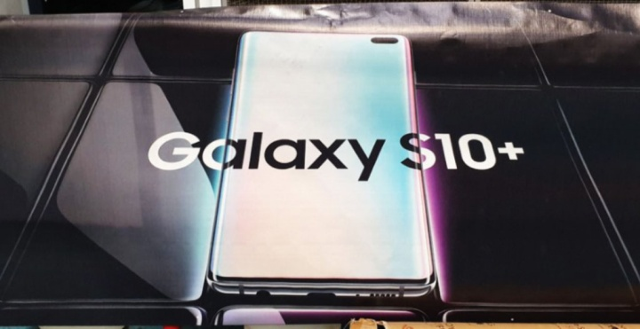 Samsung Galaxy S10+ smartphone Android