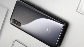 Xiaomi Mi 9 smartphone Android cinza