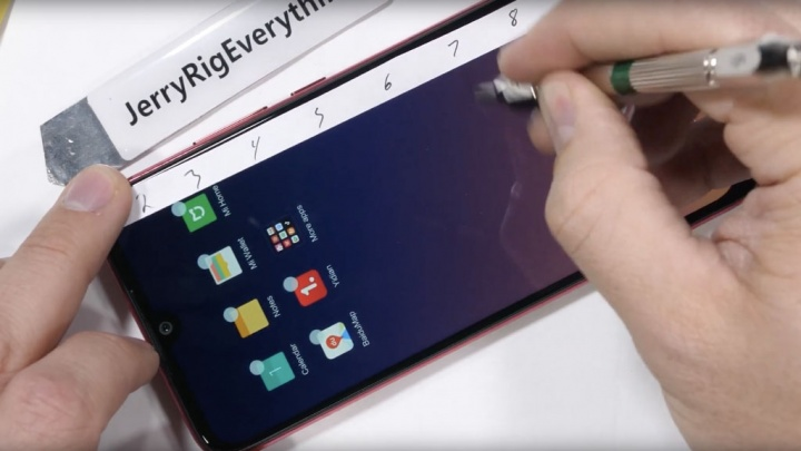 Xiaomi Redmi Note 7 JerryRig telemóvel