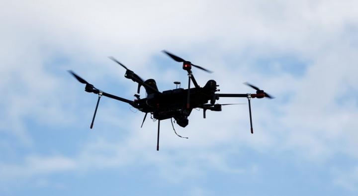 Portugal: Multas de trânsito podem começar a chegar pelo ar, através de Drones