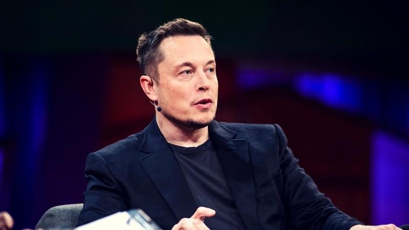 Elon Musk Tesla Model Y Twitter apresentar