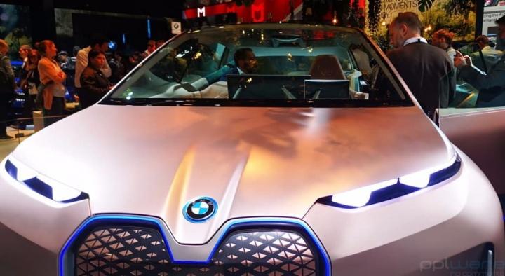 BMW Vision iNEXT quer tornar a interação com um carro tão natural quanto conversar com um amigo